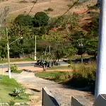 vista desde la terraza privada, esa loma hay subirla y bajarla cada vez que se sale del hotel