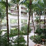ホテル内の中庭
