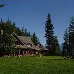 Mountain Trek Lodge on Kootenay Lake