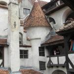 El castillo que venden con el de Dracula por dentro