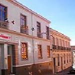 Fachada del hotel en calle Urriola