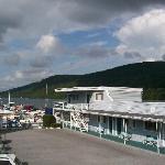 Lake Front Hotel Foto