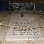 lo mejor la tumba de Arturo Prat ***esto es lo mejor para una admiradora de 1810 como yo***