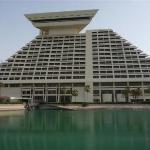 Sheraton Doha Hotel and Resort (1) Al Corniche St.