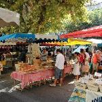 Saturday market scene in Sommières