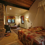 The oh so cute n cosy Autumn Cottage