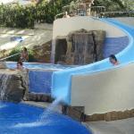 tobogan piscina