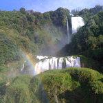 Cascata con arcobaleno (belvedere inferiore)