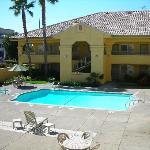 Court Yard/Pool area