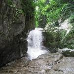 旭滝。すべりますので要注意。