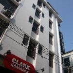 Hotel Clark International