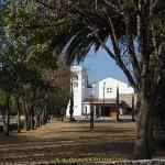iglesia enfrente de hotel..