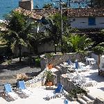 Area de piscina, juegos y servicio de desayuno excelentes...