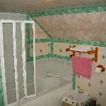 bathroom_bath