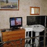 Flat screen & wash basin