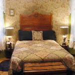 my room - queen bed