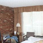 Natural brick enhanced the room decor.