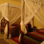 Amplia y bonita habitación