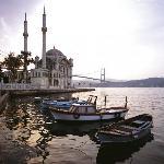 Paseando a orillas del Bósforo. Ortakoy Camii.