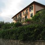 Hotel Villa Belevedere from the road