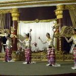 Cultural shows/traditional dance performance at Karaweik Restaurant.