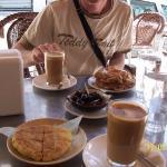 petit dejeuner au café zahra a chefchaouen