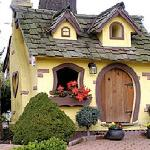 Cute Chemainus Garden home