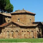 The Mausoleum of Galla Placidia (c. 425-30)