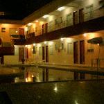 sector nuevo del hotel en la noche