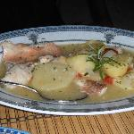 Fish with Winesauce and Potatoes