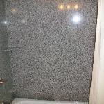 Tub/ shower combo