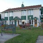 Photo of Hotel Le Pionnier