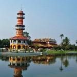Ho Withun Thasana & Phra Thinang Wehart Chamrun at Bang Pa-In Palace