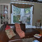 Living Room w/ huge flatscreen and dvd's to watch