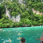 Snorkelling - Monkey Beach