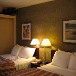 Grand Summit Hotel - bedroom