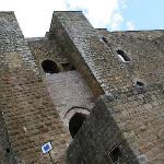 L'ingresso del Castello di Lagopesole