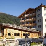 Das Hotel von aussen