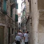 Explore the narrow side streets on your way to the centre!