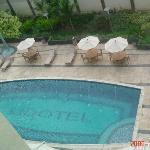 piscina poco concurrida