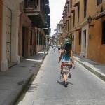 Por las calles de Cartagena, Colombia. Una de las ciudades mas bonitas que conocí