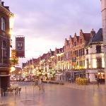Tournai - Zentrum in der Nacht