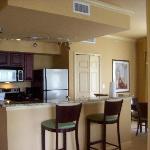 Full Kitchen (Granite Countertops)