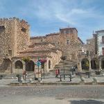 Plaza Mayor , torre de Bujaco (Caceres)