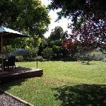 Prachtgarten mit Sitzgruppe