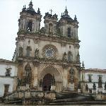 davanti al monastero