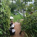 Seitenblick von Terasse Cottage