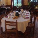 La table prête pour le petit-déjeuner