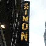 Neil Simon Theatre Foto