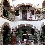 Great little, quiet & bright courtyard